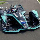 Jaguar svela la sua I-Type 3 Gen2 e conferma Piquet Jr ed Evans per la prossima stagione