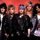 Steven Adler dei Guns N' Roses si è accoltellato allo stomaco: ricoverato in ospedale