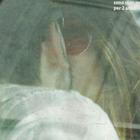 Bianca Atzei e il giallo del nuovo fidanzato: baci con un uomo misterioso in macchina a Milano