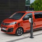 Opel Zafira-E Life, come va il van elettrico per le famiglie e gli shuttle a zero problemi