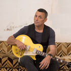 Alex Britti, concerto per i 40 anni: «Io e la mia chitarra, per sempre»