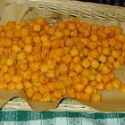 Coronavirus, pane e dolci a casa: impazza la moda delle lezioni dei cuochi contadini