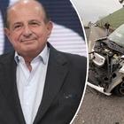 Giancarlo Magalli, incidente a Roma. Le foto dell'auto distrutta: «Brutto, ma non si è fatto male nessuno»