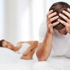 Viagra falso causa danni permanenti agli occhi: uomo di 33 anni vedrà rosso per sempre