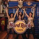 Finale football Usa tra Patriots e Eagles: negli Hard Rock Café si farà festa tra cheerleader, maxischermi e hamburger