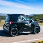 Smart EQ, il gioiello a batterie. Agile, efficiente e piacevole da guidare. Gratis la wall box di Enel X