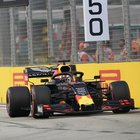 Gp Singapore, Verstappen guida prime libere davanti a Vettel. Problemi per Leclerc