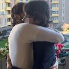 Corona esce dal carcere, l'abbraccio al figlio Carlos: «Regalo mio più grande». Poi la foto con Nina Moric: «Torneremo»
