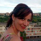 Ambra, maestra 41enne uccisa in casa a martellate: fermato un amico. «Ha confessato il movente passionale». L'uomo ha tentato il suicidio