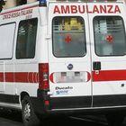 Bambino di 2 anni investito sulle strisce da un pirata della strada a Brescia: è in coma