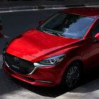 Rinnovata nello stile e nei contenuti: Mazda 2 diventa una piccola ammiraglia ibrida
