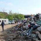Roma, svaligiati gli uffici della protezione civile: la refurtiva era in un campo rom