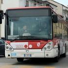 Lite sul bus a colpi di ventaglio,  due nigeriane fermate a Benevento