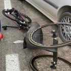 Alex Zanardi, la sua handbike a terra dopo l'incidente