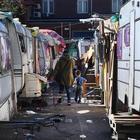 Raid neonazista in un campo rom: un morto e 4 feriti. Otto giovani arrestati