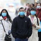 Virus cinese, che cos'è e come si trasmette la misteriosa malattia polmonare che spaventa il mondo