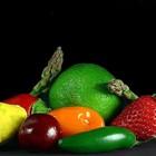 Il caldo anticipa le primizie di un mese: già si raccolgono fave e fragole