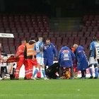 Paura per Ospina in Napoli-Udinese: si accascia lontano dall'azione, trasportato in ospedale