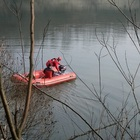 Padova, il pallone finisce nel fiume: ragazzino di 11 anni annega per recuperarlo