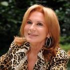 Rosanna Lambertucci ricorda l'ex marito in lacrime e confessa «Ho perso sei figli»