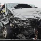 Si schianta contromano in auto nel traffico: «L'ho fatto per mettere alla prova la mia fede in Dio», arrestata