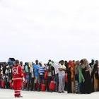 Corridoi umanitari, in arrivo 139 profughi con l'ok di Salvini che ha firmato il protocollo Cei