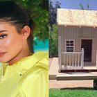 Kylie Jenner regala una casa ai suoi cani con aria condizionata e riscaldamento