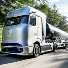 Daimler Trucks GenH2, autocarro a idrogeno per lungo raggio. Impatto zero grazie a fuel cell. Autonomia di oltre 1.000 km