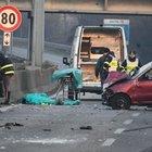 Incidente sulla Milano-Meda, auto si ribalta: tassista si ferma a prestare soccorso, investito e ucciso
