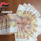 Beccati con 1.100 euro di banconote false: denunciati