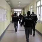 Benevento, blitz della polizia nell'Istituto alberghiero Le Streghe