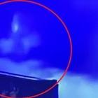 Madonna in cielo mentre parla il Papa, la suggestione social