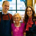Kate e William chef per un giorno nel pranzo natalizio in tv: la Duchessa preparerà il dolce