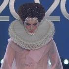 Achille Lauro show: stasera è Elisabetta I Tudor: «Vergine sposa della patria...»