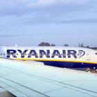 """Ryanair e voli cancellati, """"i passeggeri hanno diritto a un maxi-risarcimento: ma in pochi lo sanno"""""""