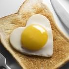 Riabilitato l'uovo: uno al giorno è amico del cuore e riduce il rischio cardiovascolare