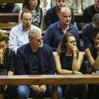 Nadia Toffa, le lacrime delle Iene al funerale. Giulio Golia: «Era la mia famiglia»