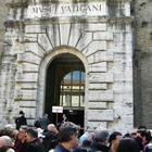 Musei Vaticani, crolla pezzo di marmo: malore per una donna. È una sopravvissuta alle Torri Gemelle