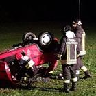 Sedicenne muore nello schianto in auto: guidava l'Opel della mamma, a bordo altri 7 amici