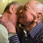 Scampò alla Shoah, incontra nipote a 102 anni: «Li credevo tutti morti»