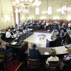 Terremoto a Palazzo, chi entra al posto dei consiglieri interdetti