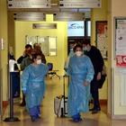 Coronavirus, l'Inghilterra valuta la chiusura prolungata delle scuole: «Niente lezioni per due mesi»