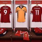 La maglia di Cox nello spogliatoio del Liverpool