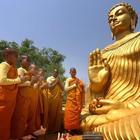 Roma, arriva il primo raduno buddista. Il Maestro tibetano: «Un Festival di pace a 30 anni dal Nobel per il Dalai Lama»