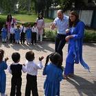 William e Kate in Pakistan, il dettaglio che non sfugge ai più attenti: «Ha fatto proprio come Lady D»