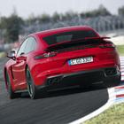 Porsche Panamera GTS, la berlina sportiva senza confini: dalla pista alla strada il massimo di prestazioni e comfort