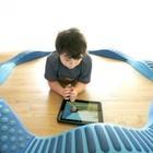 I vostri bimbi dai 6 ai 24 mesi giocano col tablet? Ecco cosa rischiano