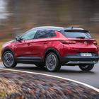 Grandland X Hybrid4, la meraviglia di Opel: prestazioni e consumi da primato