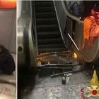 Roma, crolla scala mobile in metro 24 feriti, gravi alcuni tifosi Cska «Saltavano, poi il cedimento»