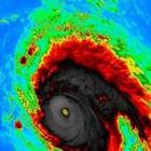 L'uragano Lorenzo è arrivato: venti fino a 100 km/h. «Non state all'aperto»